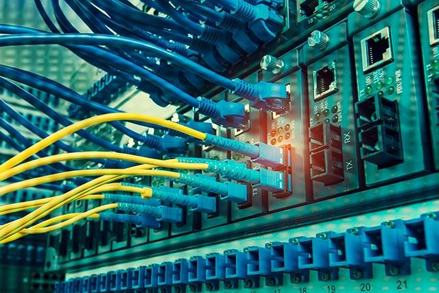 Efficiënte glasvezel netwerkcontrole